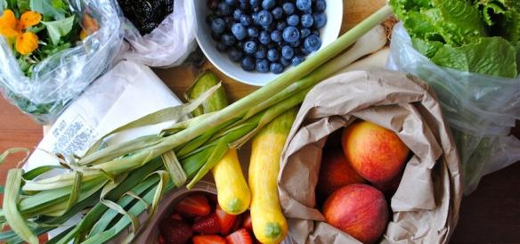 Fructele, legumele, florile, ierburile pamintului ...